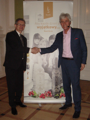 """Jacek 'Hodża' Paciorek, dr Piotr Kardasz. Konferencja """"Żyj Świadomie"""" Warszawa 2016-01-16"""